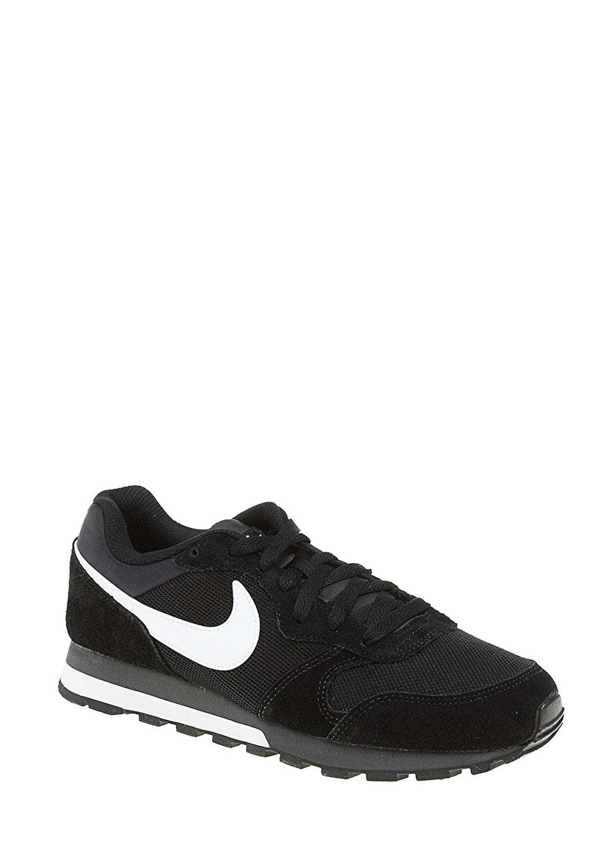 749794 010 Nike Md Runner 2